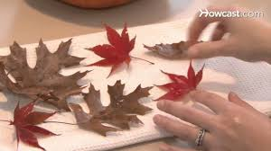 how to make house decorations from autumn leaves