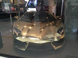 car lamborghini gold a gold lamborghini at the shop in dubai mall wander mum