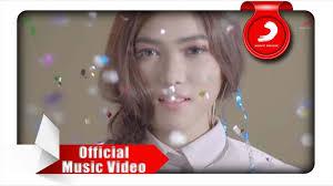 judul lagu asli iklan beng beng itu apa isyana sarasvati keep being you official music video youtube