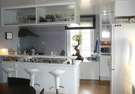 cuisine et bar bar pour separer cuisine salon maison design bahbe com