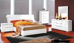 Modern Bedroom Furniture And Platform Beds In Toronto Mississauga - Modern bed furniture