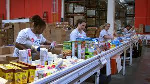 thanksgiving food bank volunteer food banks npr