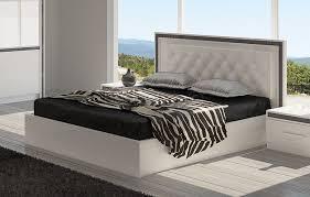 chambre a coucher blanc laqué chambre adulte design blanc rideaux chambre coucher adulte u design