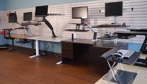 Best Sit Stand Desk Choosing The Best Sit Stand Desk Riser For Your Type 1 Year