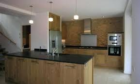 cuisine beige laqué meuble cuisine beige meuble cuisine beige couleur mur denis