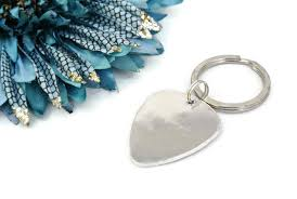 aluminum gifts i plucking you sted guitar keychain