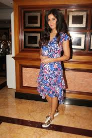 Katrina by Photos Katrina Kaif Priyanka Chopra Sonam Kapoor Fashion Hits