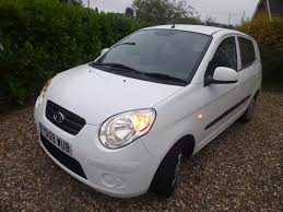 white kia picanto 5 door hatchback 59 plate model manual 30 tax