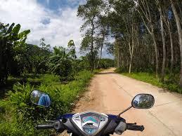 my moto and me exploring koh lanta on two wheels jones around
