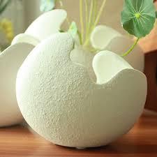modern egg shell shape plain porcelain vase ornament