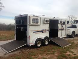 4star 2 horse gooseneck with side ramp the hitch and tow