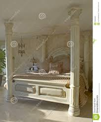 luxury 4 poster bed stock photos image 29565963