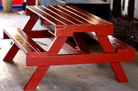 How To Build A Round Wooden Picnic Table by Cool Backyard Diy Projects From Around The Web