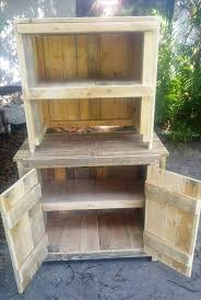 Diy Hutch Best 25 Pallet Hutch Ideas On Pinterest Bakers Rack Diy