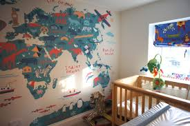 theme decorating a travel themed child s bedroom