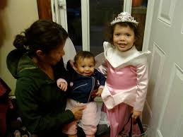 how much are halloween costumes halloween how much will you spend today u0027s parent