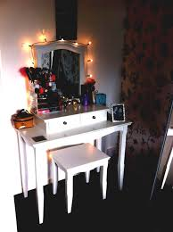 Cheap Vanities For Bedrooms Vanity Bedroom Furniture White Stained Wooden Makeup Table With