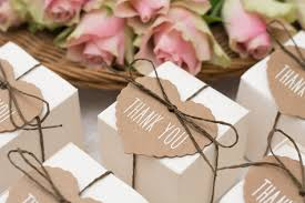 affordable wedding favors tips for choosing the wedding favors aol lifestyle