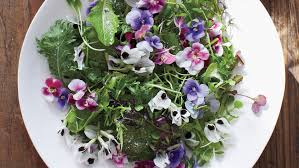 edible flowers green salad with edible flowers