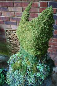 pen u0026 hive how to turn a chicken wire ghost sculpture into a