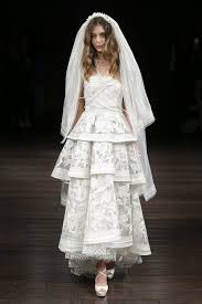 wedding fashion bridal 2018 fashion shows vogue