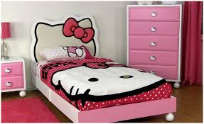 Lovely Bedroom Designs Where Should I Place My Bed In My Lovely Bedroom Interior