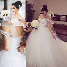 sparkly dubai wedding dress with beading crystals off the shoulder
