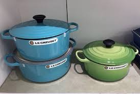 le creuset black friday deals le creuset enameled cast iron french ovens as low as 109 99 at
