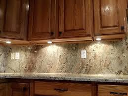 spot eclairage cuisine spot eclairage cuisine cuisine eclairage cuisine spot avec magenta