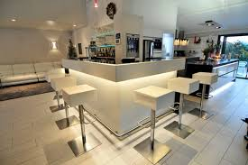 comptoir de bar professionnel pour séparer l espace cuisine du