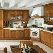 cucine con piano cottura ad angolo gallery of cucina ad angolo con cappa a camino ad angolo fiores
