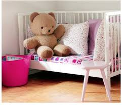 petit canap pour enfant 15 astuces de papas bricoleurs pour recycler le lit de bébé