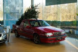 truck volvo dealer volvo dealer gets into the christmas spirit with red 850 t 5r
