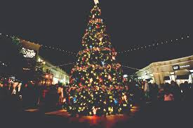 tree lighting in sugar land town square myfortbend