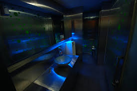 Dark Bathroom by Daily Pictures Of Life In Korea 22 Psychedelic Glow In The Dark
