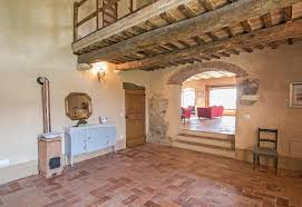 tuscan style farmhouse for sale in val d u0027orcia moulin