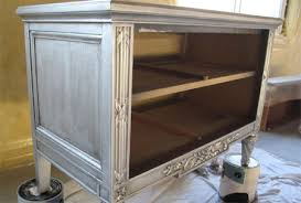 How To Spray Metallic Paint - home dzine metallic paint effect on furniture