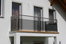 edelstahl balkon mit glas edelstahl geländer