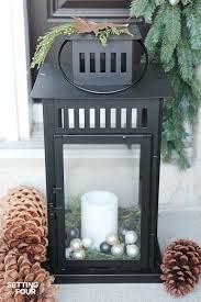 10 minute christmas lantern decor setting for four