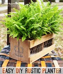 make a stenciled planter box from reclaimed wood