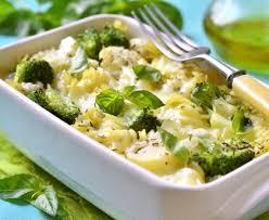 cuisiner le brocolis marmiton gratin de brocolis et haricots verts recette de gratin de