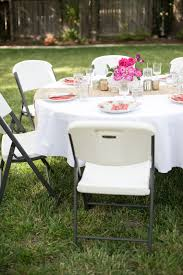 domestic fashionista al fresco backyard dining