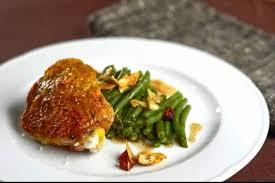 cuisiner haut de cuisse de poulet recette de haut de cuisse de volaille haricots verts à la noisette
