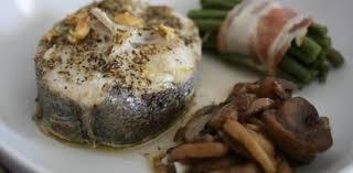 cuisiner le merlu madame plus darnes de merlu au four