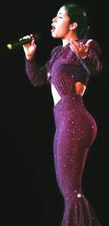 selena quintanilla purple jumpsuit selena quintanilla s estate sues record label for digital