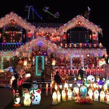 house christmas lights house of a thousand lights 34 photos local flavor 166 04