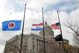 Flag Flown At Half Mast Cole County Mo Reverses Decision And Will Fly Flags At Half