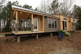 vacation in a tiny house fyi network tiny house nation 400 sq ft vacation home
