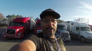 2017 kenworth a closer look at my 2017 kenworth t680 pros and cons of kw t680 w
