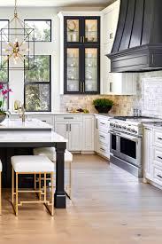 white kitchen cabinets and black quartz countertops 35 black and white kitchen ideas for quartz countertops